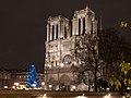 Paris - Notre-Dame de Paris - west facade at night in Christmas time.jpg