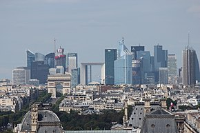 Paris La Défense seen from Tour Saint Jacques 2013-08.JPG