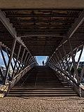 Paris pedastrian bridge P1260500.jpg