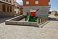 Parque infantil en Herrandón de Pinares.jpg
