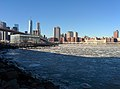 Partially frozen East River in New York City January 2014.jpg