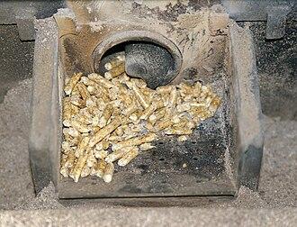 Pellet stove - A pellet stove burn pot