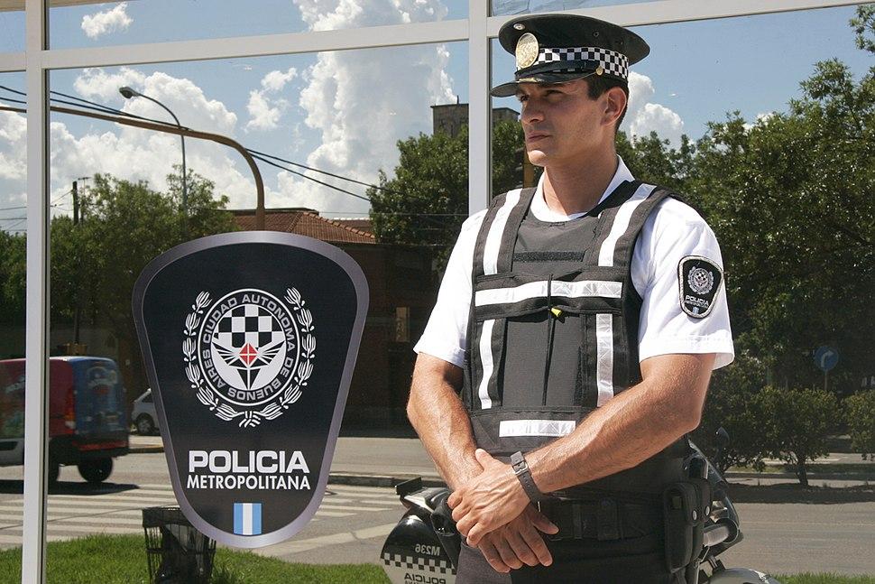 Personal de la Policia Metropolitana 02