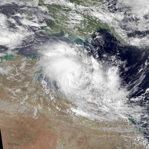 Cyclone Peter - Image: Peter Dec 31 1978 0538Z