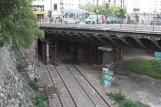 Au pont de Crimée (Parc des Buttes-Chaumont), 19 arrondissement. 32d531d5c6f