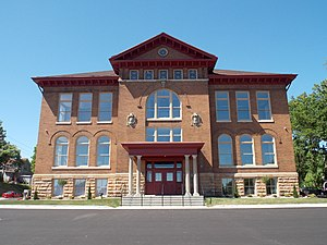 Pierce School No. 13 - Image: Pierce School Lofts 01
