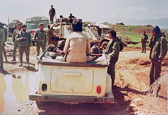 1978 South Lebanon conflict - Israeli soldiers meeting with Saad Haddad during the operation