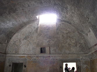 Pompeii forum baths changing room.jpg