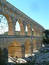 Pont du Gard 27-9-2007.JPG