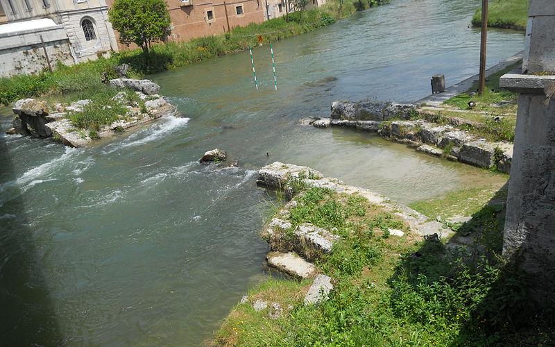 File ponte romano di rieti primo piano for Ponte del secondo piano