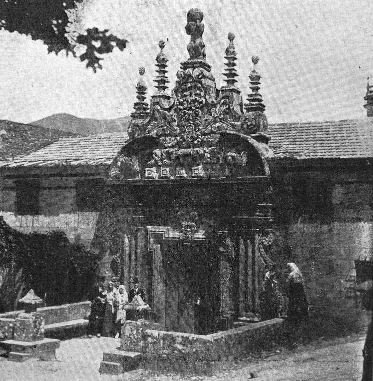 Porta da reitoral de Barcia de Mera 1921