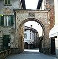 Portale con leone di S Marco - Romano di Lombardia (Foto Luca Giarelli).jpg