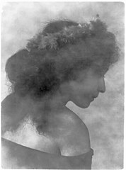 Portrait of young Italian-Hawaiian woman (profile) 1909, Library of Congress.jpg