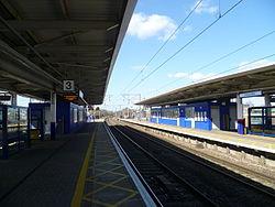 Potters Bar railway station 09.JPG