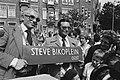 Pretoriusplein in Amsterdam omgedoopt tot Steve Bikoplei (tng gedode Zuidafri, Bestanddeelnr 929-8663.jpg