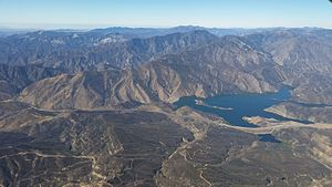 Pyramid Lake (Los Angeles County, California) - Pyramid Lake seen from the air with the Pacific Ocean in the distance.