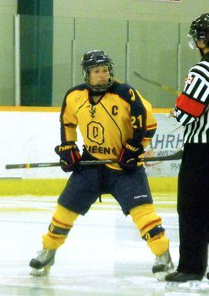 Queen's Golden Gaels women's ice hockey - Golden Gaels player in 2014-15 season.