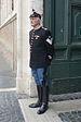 Quirinale corazziere di guardia al Quirinale Roma.jpg
