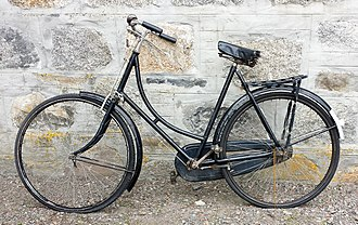 1930s Raleigh lady's loop frame bicycle Raleigh lady's loop frame bicycle 1930s.jpg