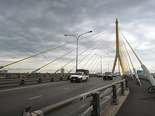 Rama VIII Bridge deck.jpg