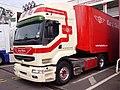 Renault truck (5716286950).jpg