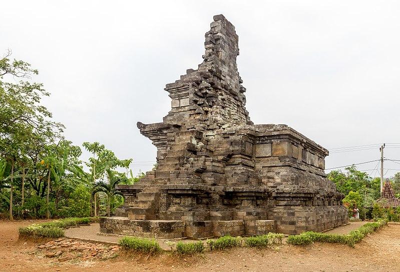 Berkas:Rimbi Temple, Bareng, Jombang, 2017-09-19.jpg