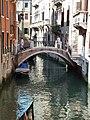 Rio e Ponte dei Barcaroli Venezia.jpg