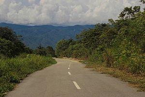 Tamrau Mountains - Image: Road to the Kebar Valley