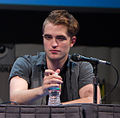 Robert Pattinson Comic-Con 2011.jpg
