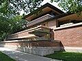Robie House designed by Frank Lloyd Wright 1909.jpg