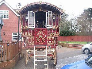 Vardo (Romani wagon) - Romnichal-style Ledge vardo
