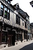 Rouen - 36 rue du Vieux Palais - Façade sur rue 02.jpg