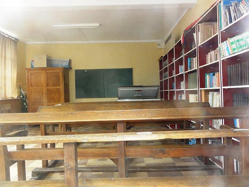 Rouvroy-sur-Serre (Aisne) l'ancienne classe de l'école fermé