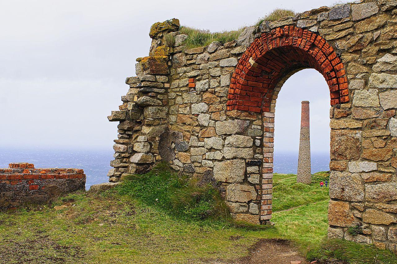 File Ruins Of Tin Mines Cornwall England 15 Aug 2012