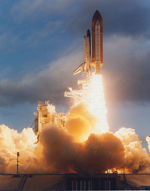 STS-74 - Atlantis launches from pad 39A at the start of STS-74