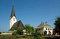 Sankt Margareten im Rosental Pfarrkirche und Pfarramt 25052007 01.jpg
