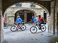 Santiago-Ciclistas por la rúa (14128737674).jpg