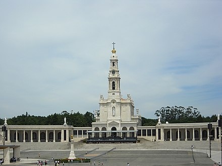 The Sanctuary of Our Lady of Fatima is one of the largest pilgrimage sites (Marian shrine) in the world. Santuario de Fatima (36) - Jul 2008 (cropped).jpg