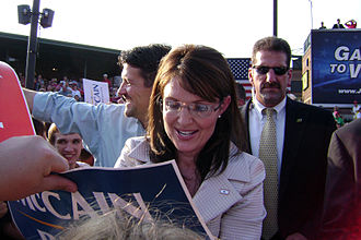 Vice presidential candidacy of Sarah Palin - Palin signing an autograph at a campaign rally in O'Fallon, Missouri