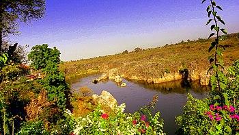 Scenic Beauty of River Narmada.jpg