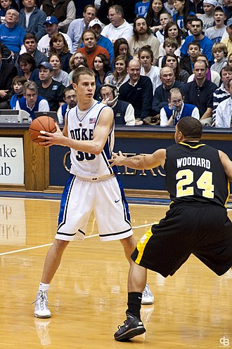 Duke Blue Devils men's basketball - Jon Scheyer vs. Long Beach State (December 2009)