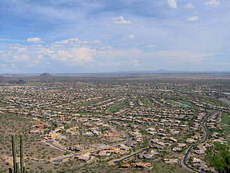 Urban sprawl - View of suburban development in the Phoenix metropolitan area