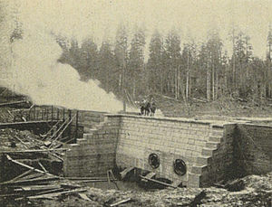 Cedar River (Washington) - Headworks intake and wing dam on the Cedar River, 1900, part of the Seattle water supply system.