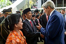 Secretary Bids Farewell to Indonesian President During Inaugural Ceremonies (15395677629).jpg