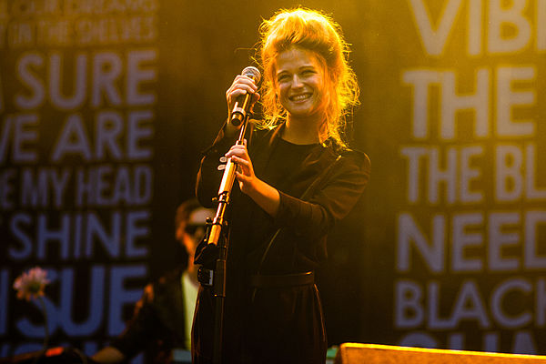 By Eddy BERTHIER from Brussels, Belgium (Selah Sue @ Dour 2012) [CC BY-SA 3.0 (CC0)], via Wikimedia Commons