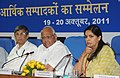 Sharad Pawar addressing the Economic Editors' Conference-2011, in New Delhi. The Secretary, Agriculture & Cooperation, Shri P.K. Basu and the Principal Director General (M&C), Press Information Bureau.jpg