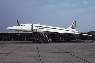 British Airways Concorde in Singapore Airlines livery at Heathrow Airport in 1979 Singapore Airlines Concorde Fitzgerald-1.jpg
