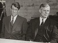 Sir Edmund Hillary and Sir Vivian Fuchs, 1958.jpg