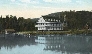 Propriétés et biens immobiliers à vendre à Lac-Des-Seize-Îles, Québec
