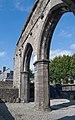 Sligo Priory of the Holy Cross South Aisle Arches 2015 09 08.jpg